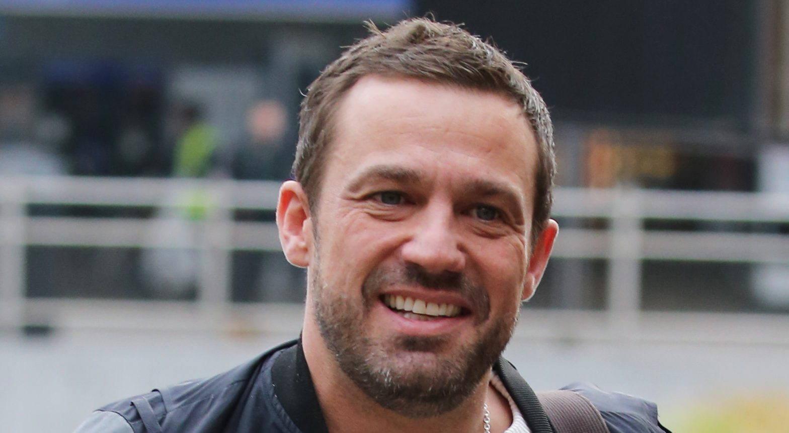 Jamie Lomas confirms he will be staying in Hollyoaks