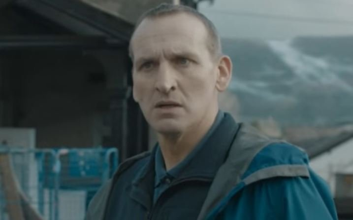 Actor Christopher Eccleston reveals he checked himself into psychiatric hospital after becoming suicidal