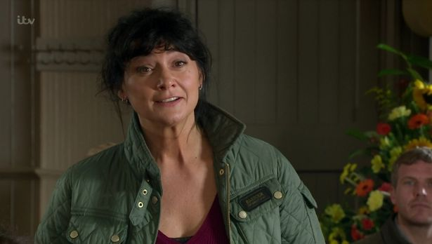 Emmerdale's Natalie J Robb defends Moira Dingle's affair with Nate Robinson