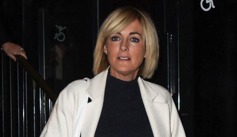Loose Women star Jane Moore suffers awkward wardrobe fail