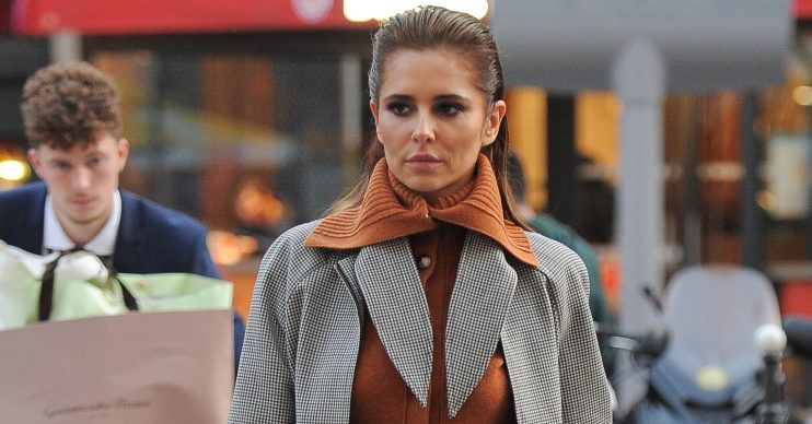 Cheryl Cole seen arriving at Gare Du Nord train station to catch the Eurostar back to London Pictured: Cheryl Cole Ref: SPL5119024 280919 NON-EXCLUSIVE Picture by: PALACE LEE / SplashNews.com Splash News and Pictures Los Angeles: 310-821-2666 New York: 212-619-2666 London: +44 (0)20 7644 7656 Berlin: +49 175 3764 166 photodesk@splashnews.com World Rights