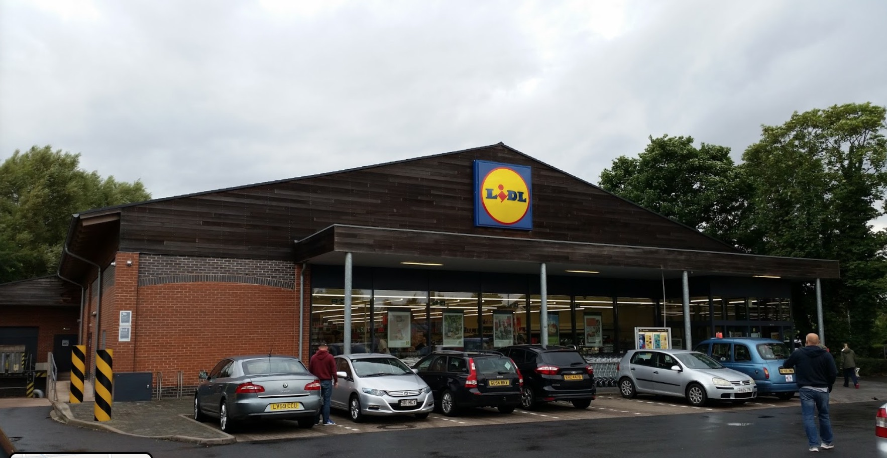 Discount supermarket Lidl to 'launch online delivery service'