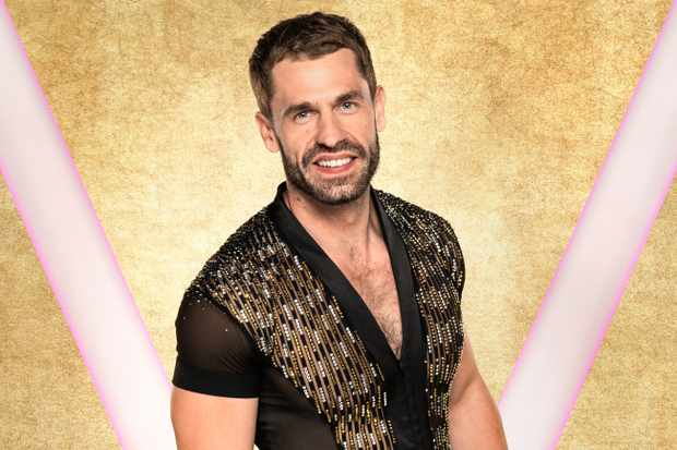 Strictly Come Dancing judges slammed for 'objectifying' Kelvin Fletcher