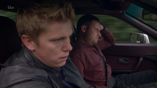 Emmerdale fans point out 'stupid' mistake in Robron on the run storyline