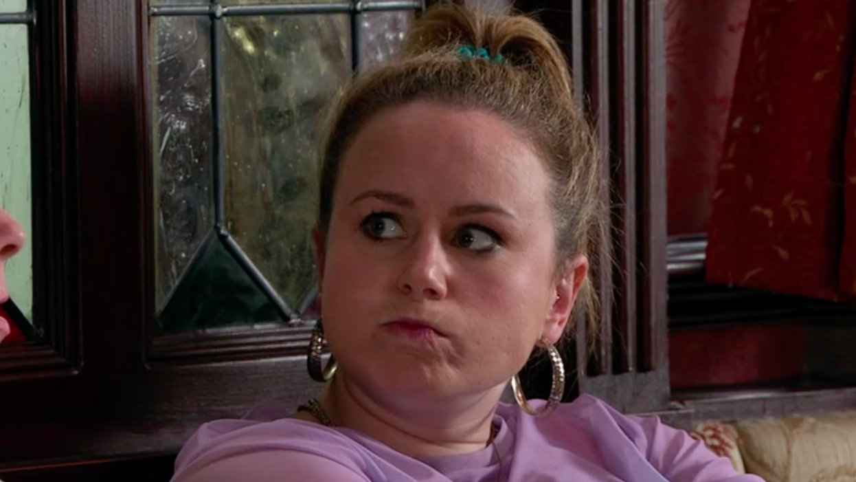 Coronation Street fans want to be sick over Gemma speaking with her mouth full AGAIN