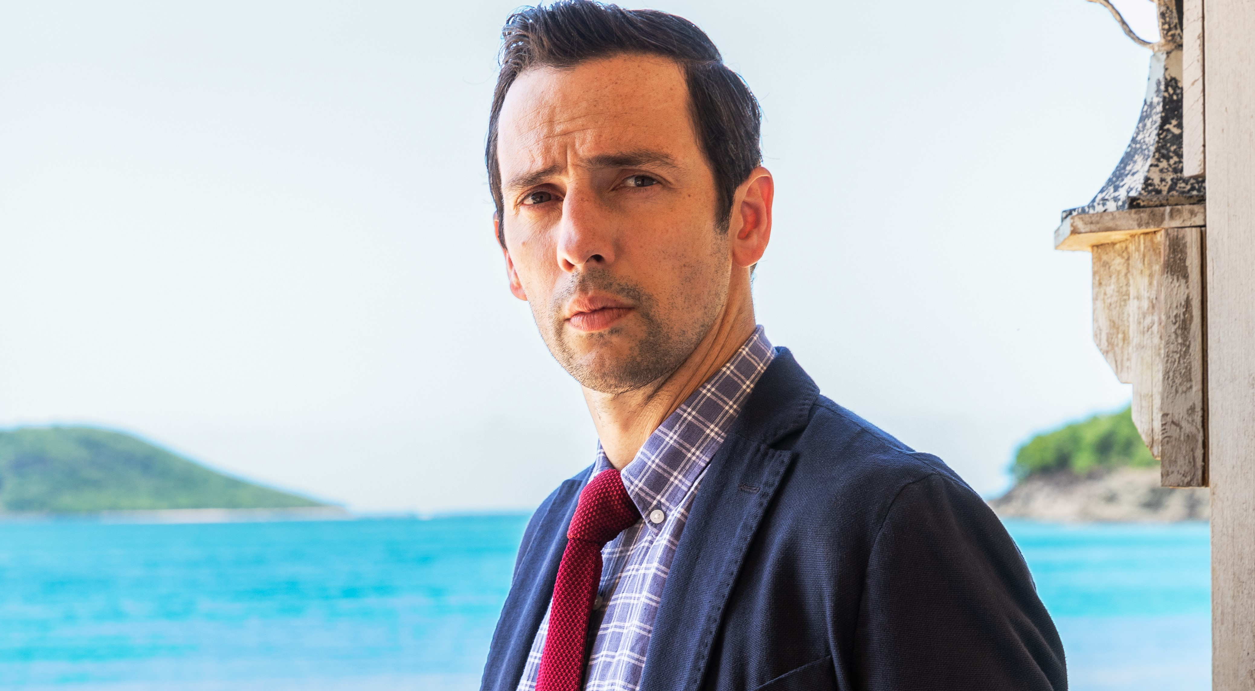 Ralf Little confirmed as new Death in Paradise lead actor