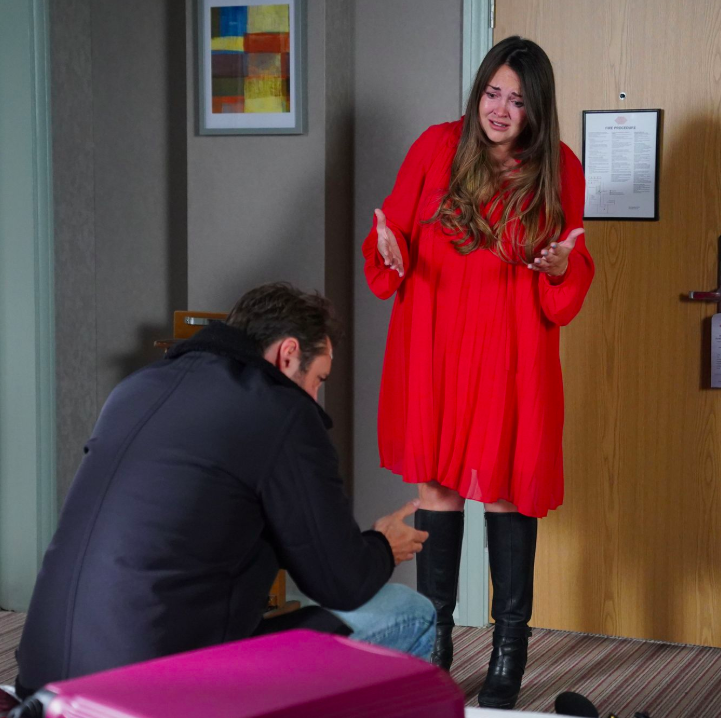 EastEnders first look at Stacey's return as she rages at Martin
