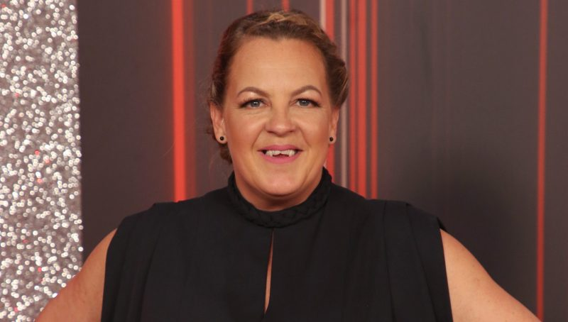 EastEnders star Lorraine Stanley delights fans with photo of her 'lookalike' mum and sisters