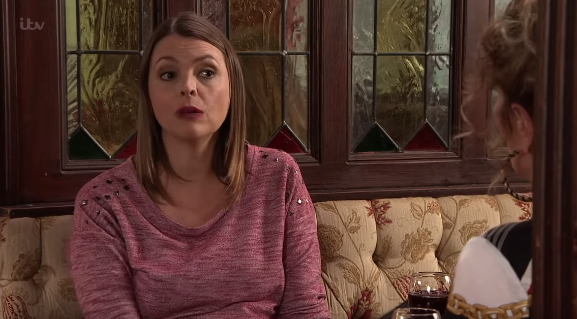 Coronation Street SPOILERS: Tracy McDonald agrees to go on holiday with mother-in-law Liz