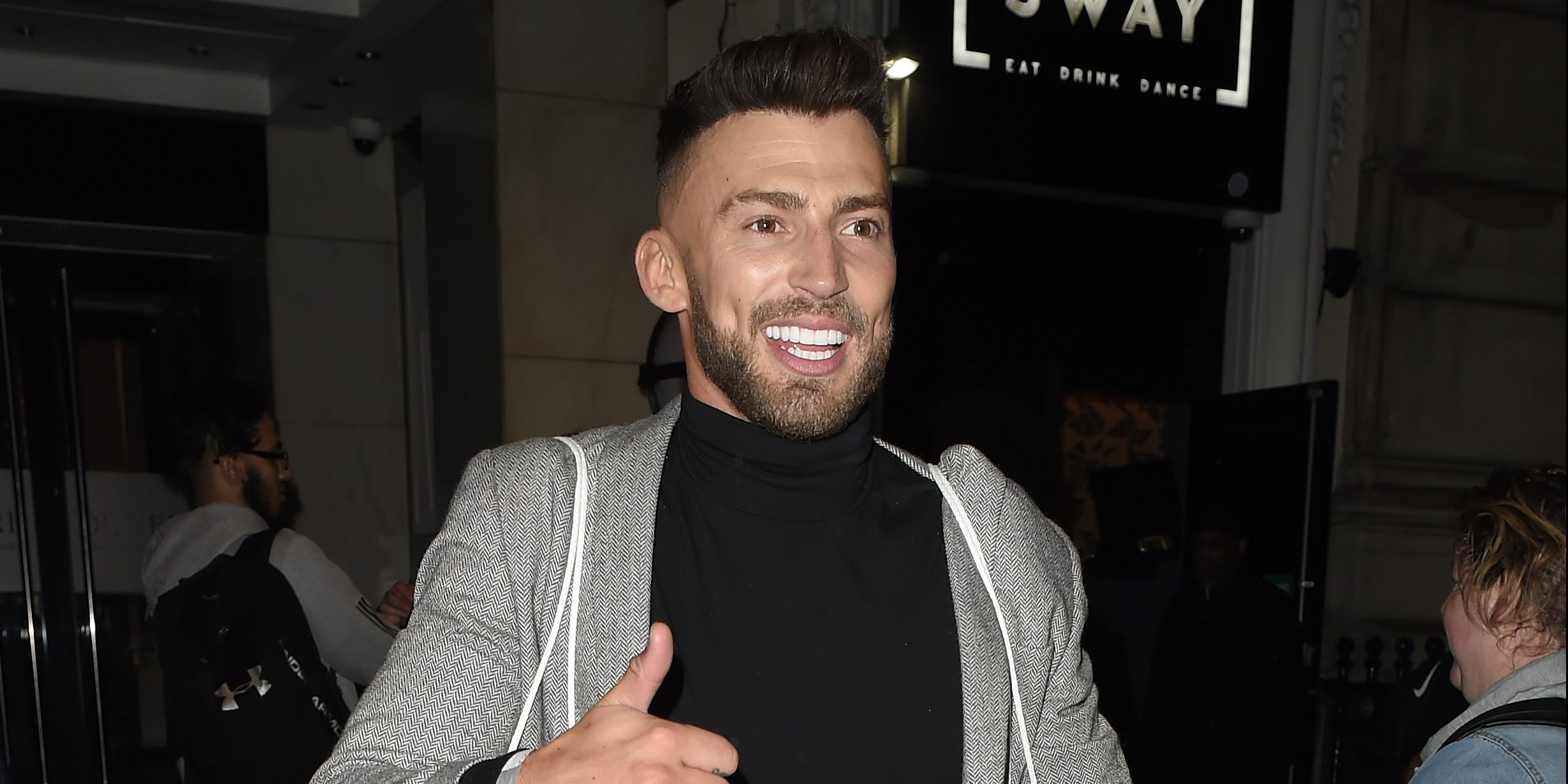 Hollyoaks' Jake Quickenden suffers nasty injury after pool accident