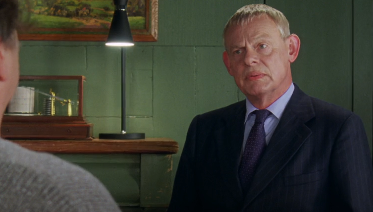 Doc Martin fans delighted as Martin Clunes reunites with Men Behaving Badly co-star Caroline Quentin