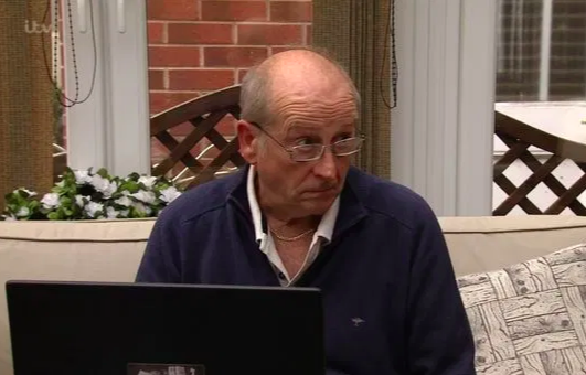 Coronation Street disgust as contents of Geoff's laptop revealed