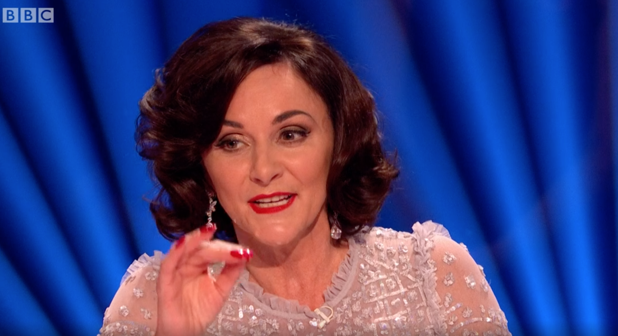 Strictly: Shirley Ballas blasted for praising EastEnders star Emma 'through gritted teeth'