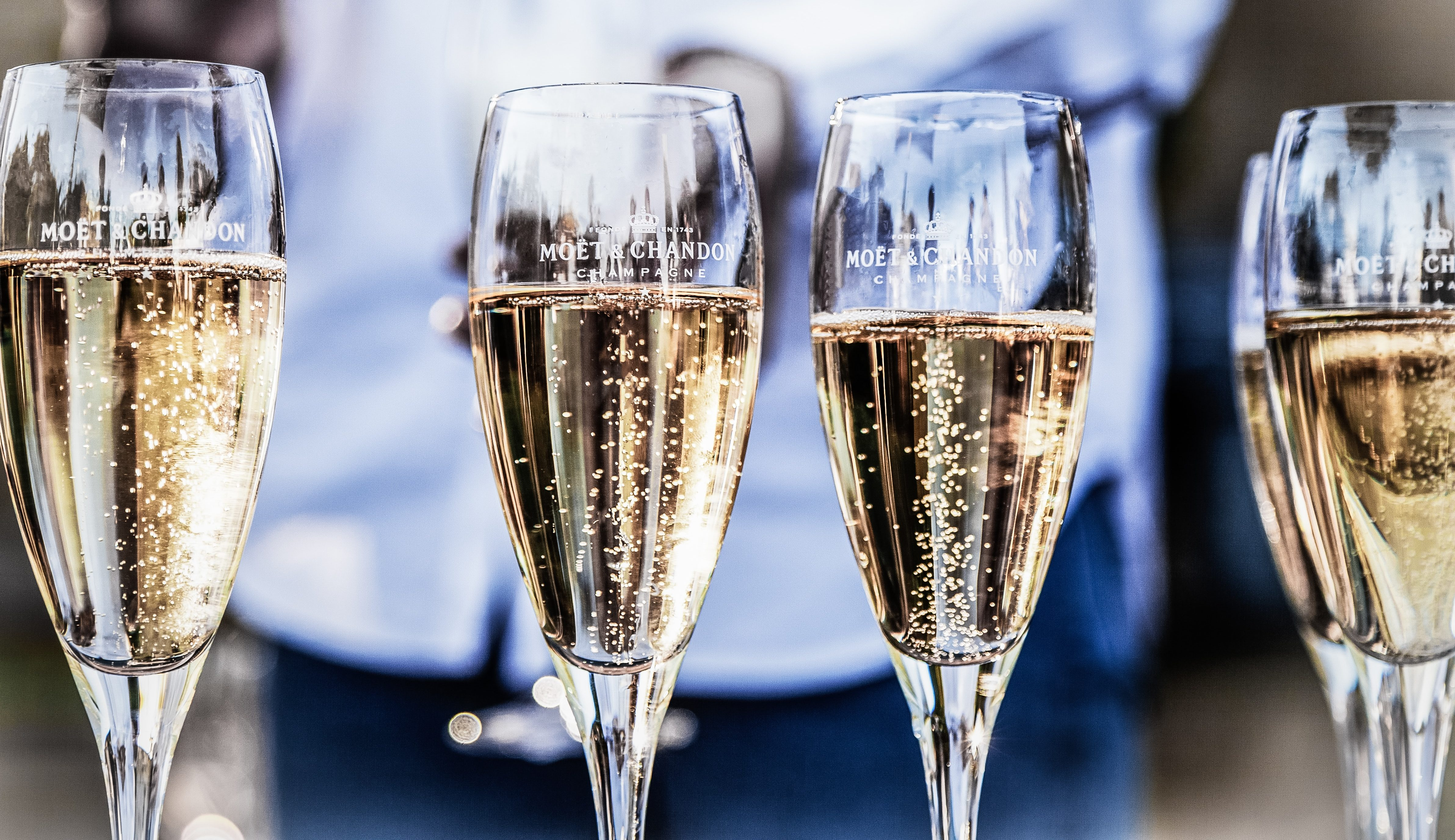 Aldi cuts the price of its prosecco to less than £5 a bottle just in time for Valentine's Day