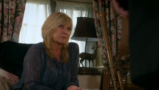 Emmerdale fans baffled by 'missing scene' as Kim Tate moves out of Home Farm
