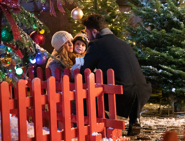 Coronation Street SPOILERS: Adam proposes to Sarah