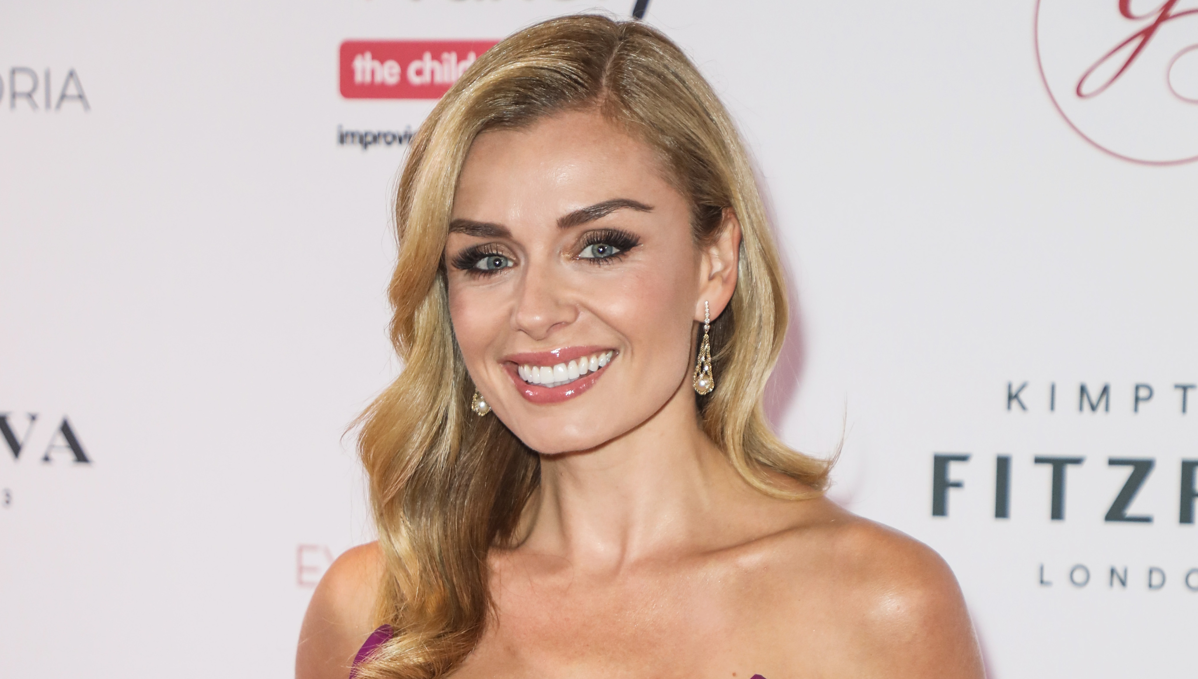 Katherine Jenkins mugged after 'confronting girl gang attacking elderly lady'