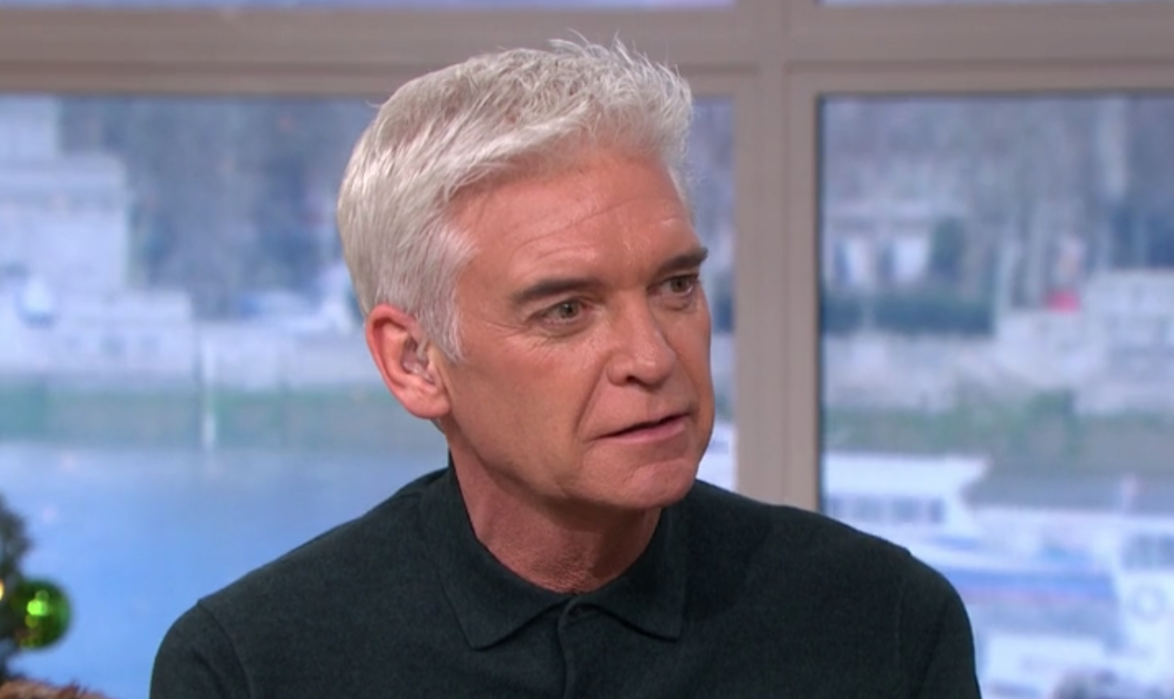 Amanda Holden hails This Morning presenters for 'taking on' Phillip Schofield in new swipe at her TV foe