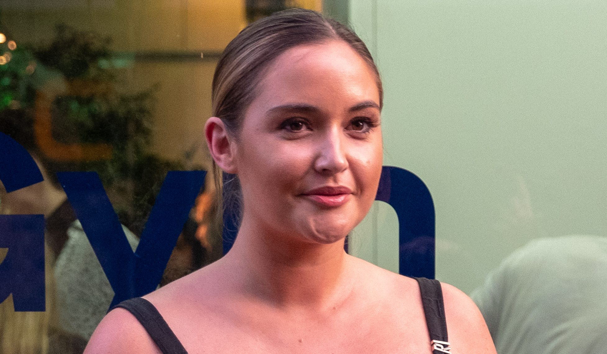 Fans say Jacqueline Jossa looks 'stunning' as she shows off her jungle weight loss