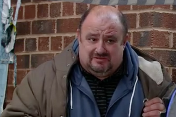 Coronation Street LOVED seeing 'legend' actor Victor McGuire from Bread in guest role