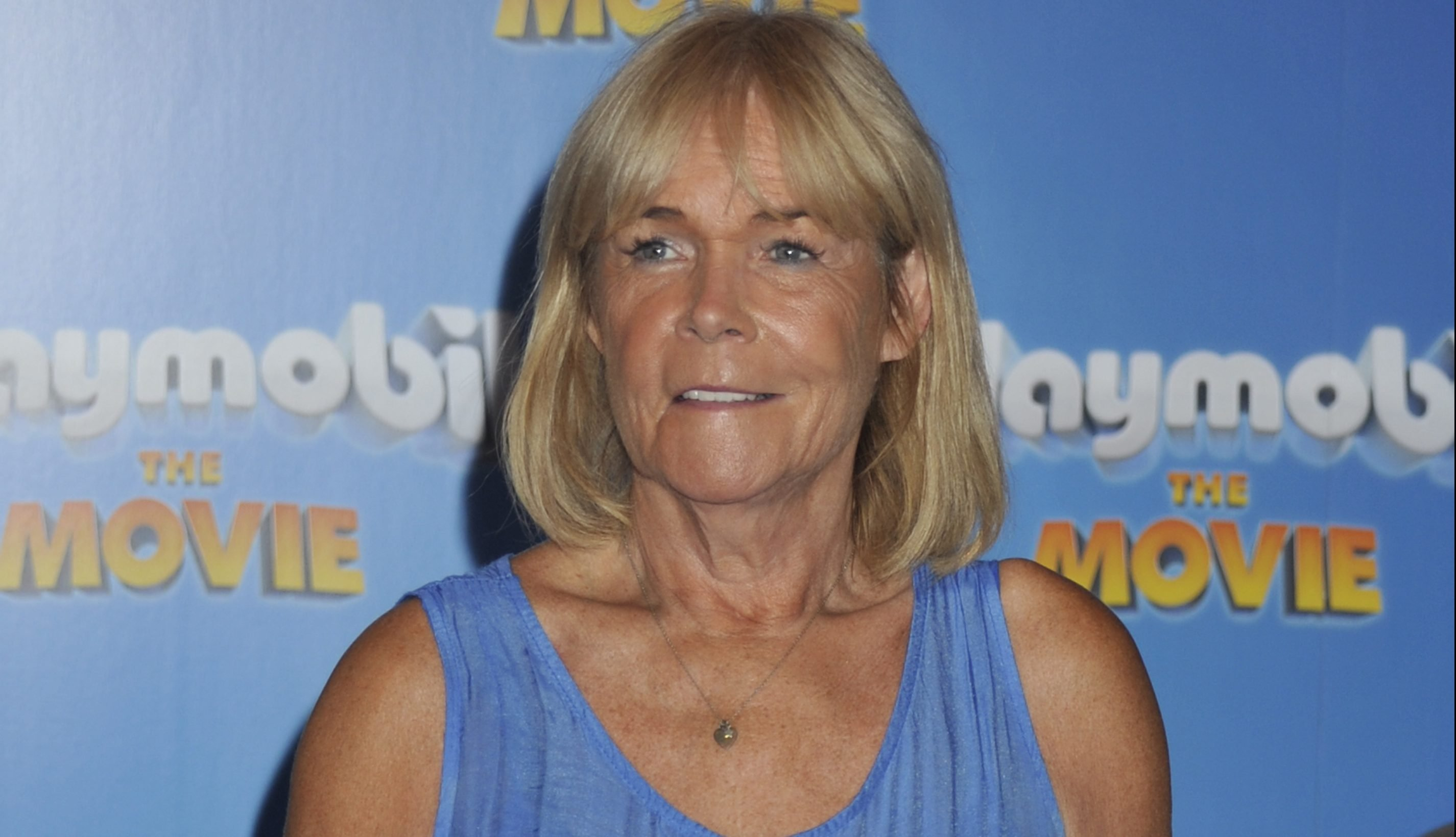 Fans beg for Linda Robson's return as she enjoys Christmas lunch with Loose Women co-stars