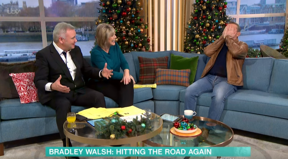 Bradley Walsh in hysterics as Eamonn Holmes makes very rude innuendo on This Morning