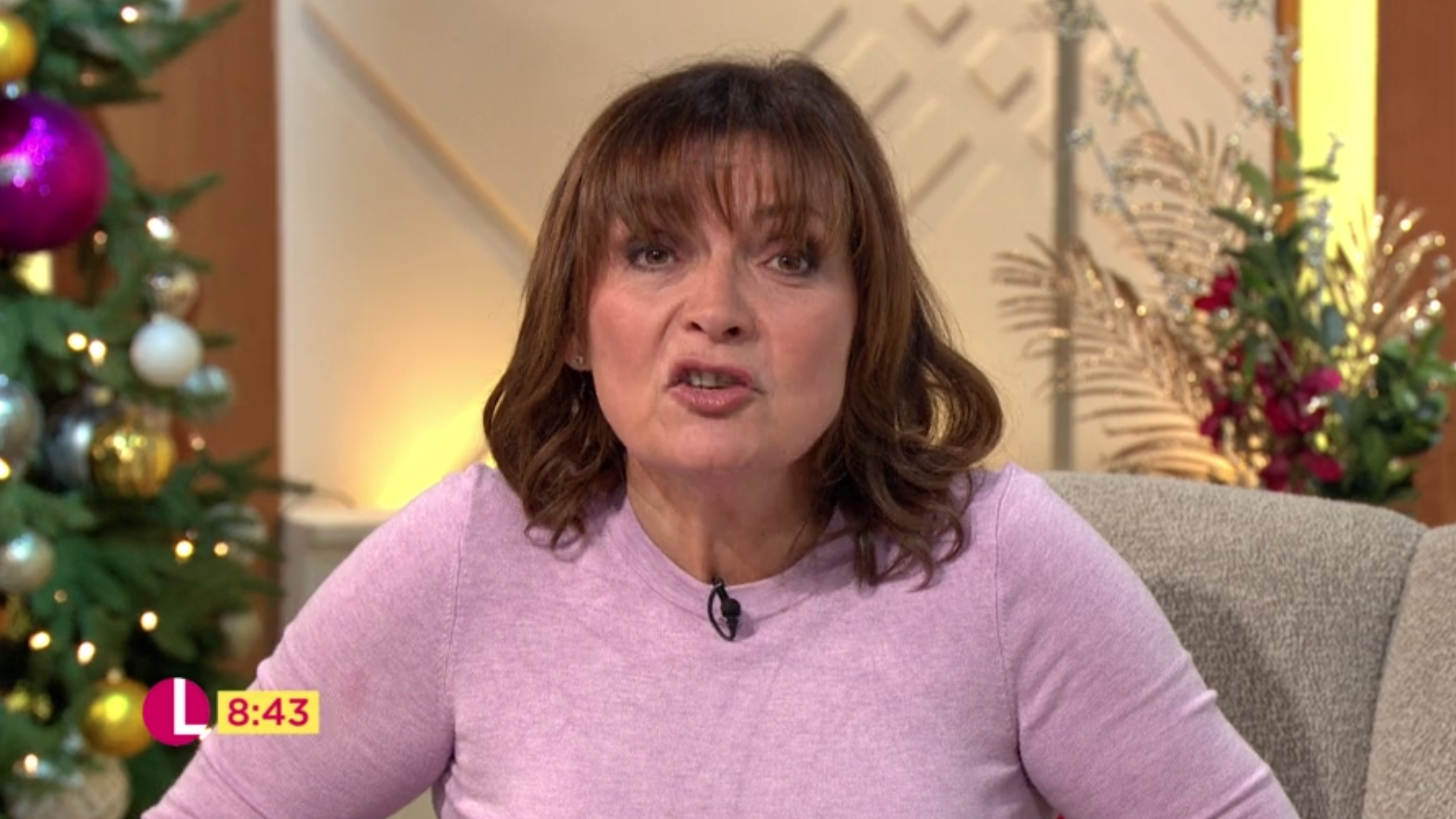 Lorraine Kelly slammed for 'catty' dig at Caroline Flack over Love Island replacement