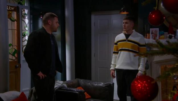 Emmerdale shock as Aaron has a seedy daytime hookup