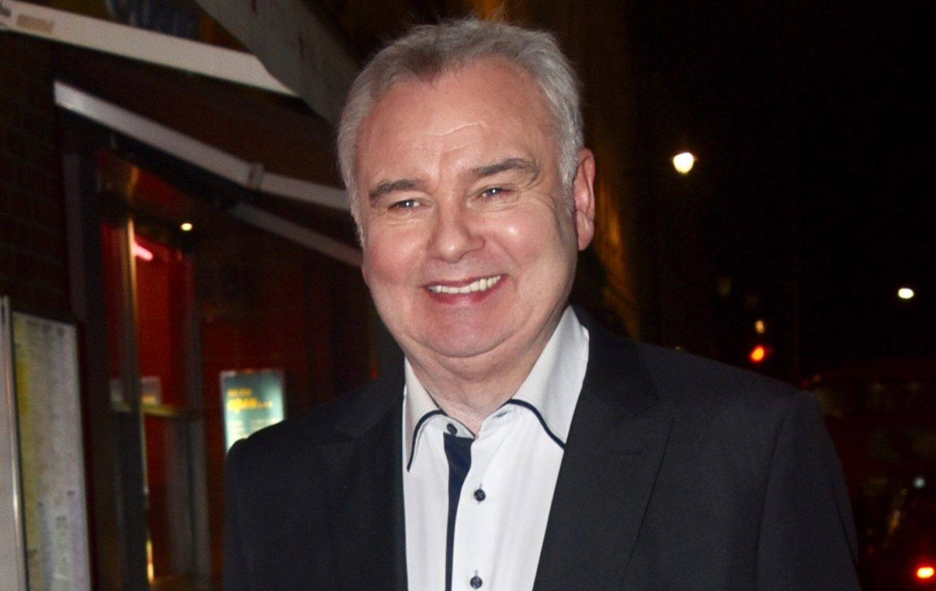Eamonn Holmes fans staggered to realise he comes from such a big family as he shares touching pic with brothers