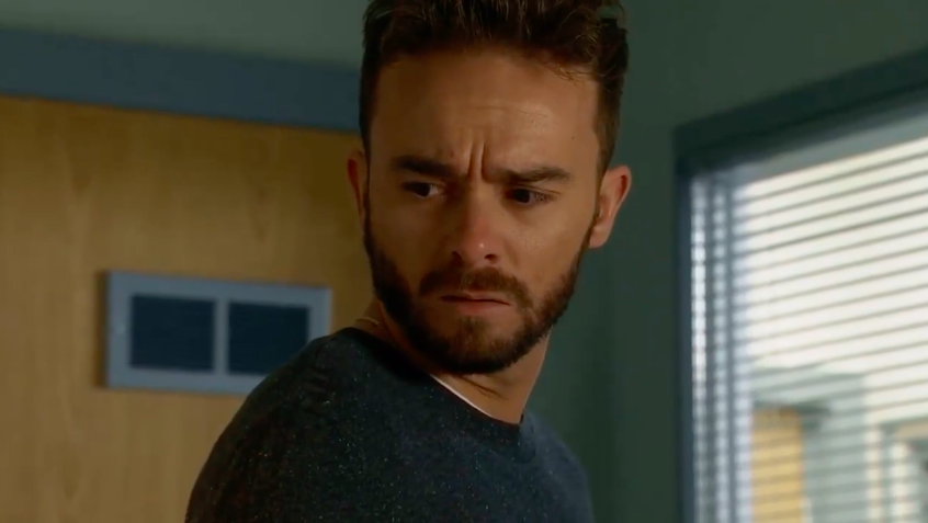 Coronation Street viewers in tears as David is told Shona is brain dead