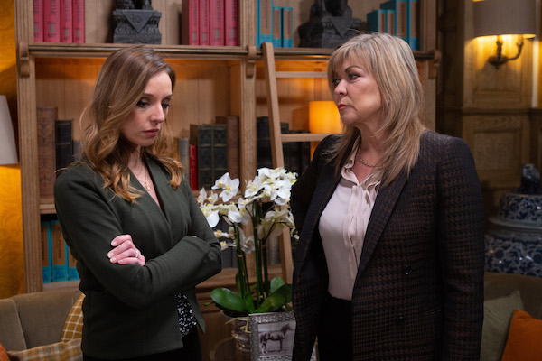 Emmerdale fans convinced Andrea is being set up by Kim