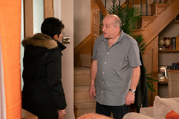 Coronation Street SPOILERS: Cathy witnesses Geoff's abuse first hand
