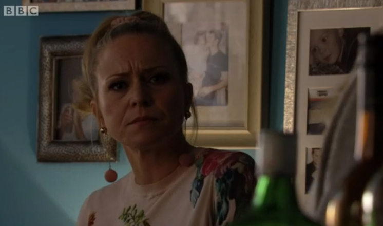 EastEnders fans convinced they know who's calling Linda Carter