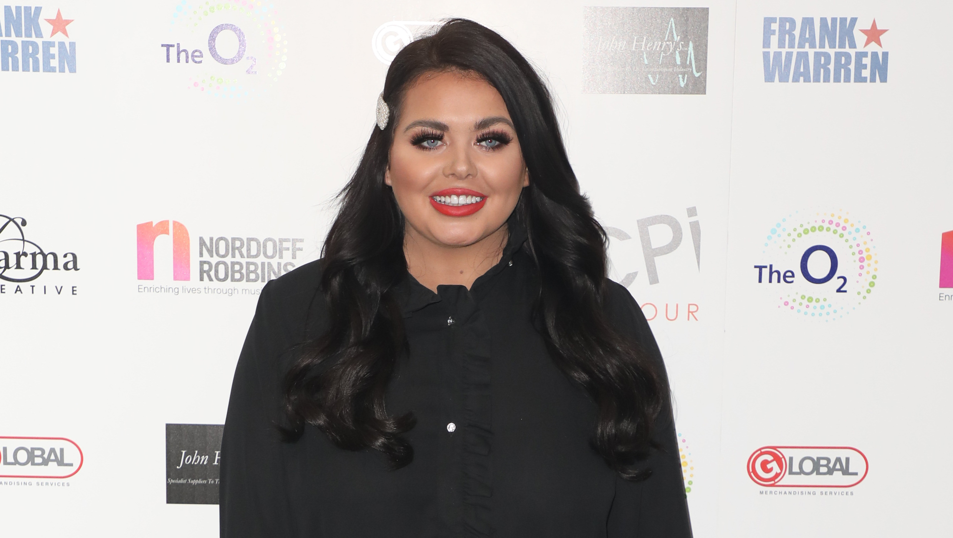 Scarlett Moffatt wows fans with New Year's Eve before-and-after snaps
