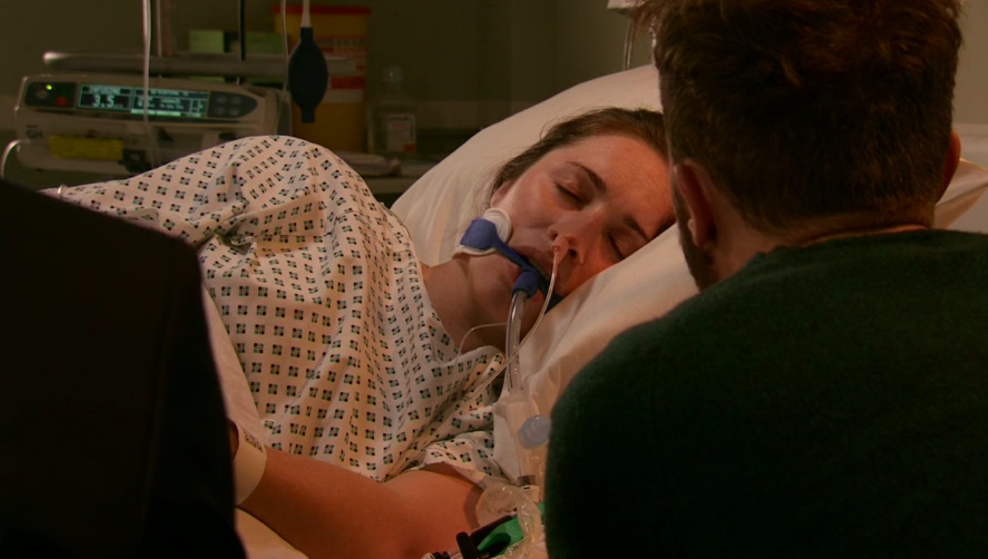 Corrie fans in tears as David is told Shona will never wake up