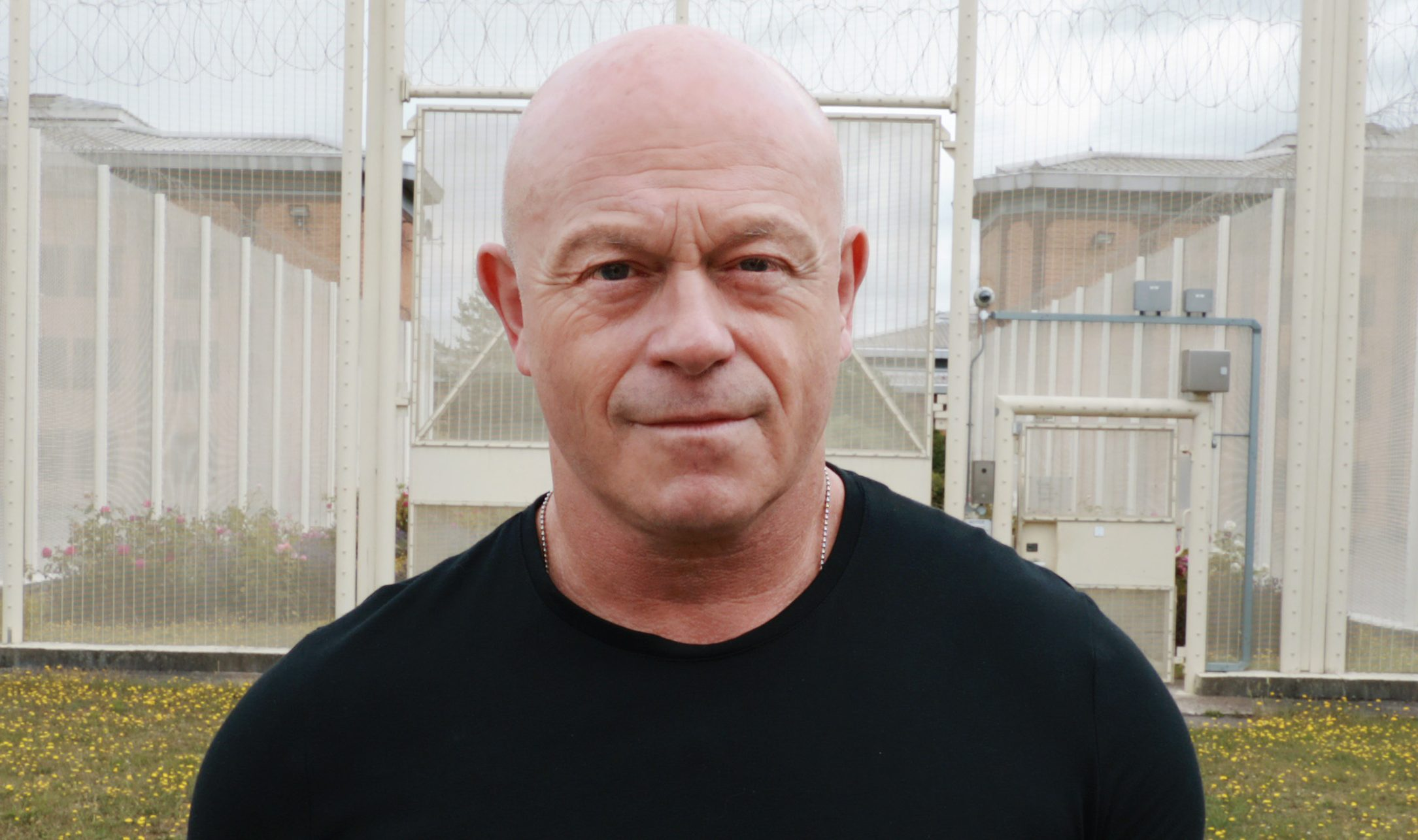 Ross Kemp 'unable to speak' as he inhales Spice in shocking new prison documentary