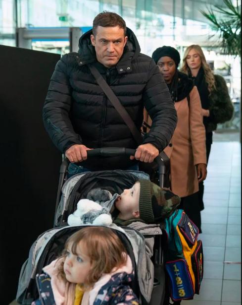 Warren Fox arrives in Hollyoaks