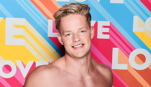 Love Island's Ollie Williams branded a 'disgrace' as he shoots a deer and quips he's 'stockpiling'