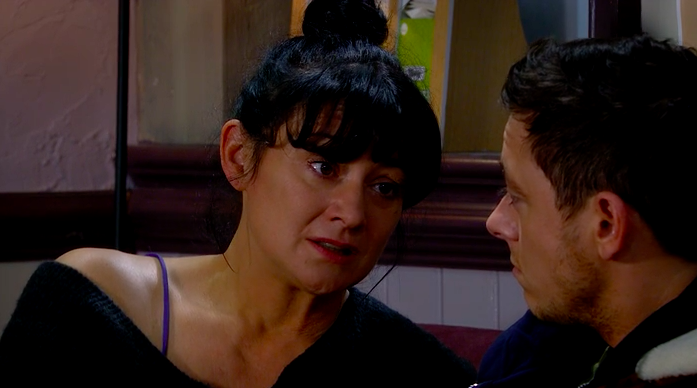 Emmerdale fans spot Moira's massive mistake as she leaves the village