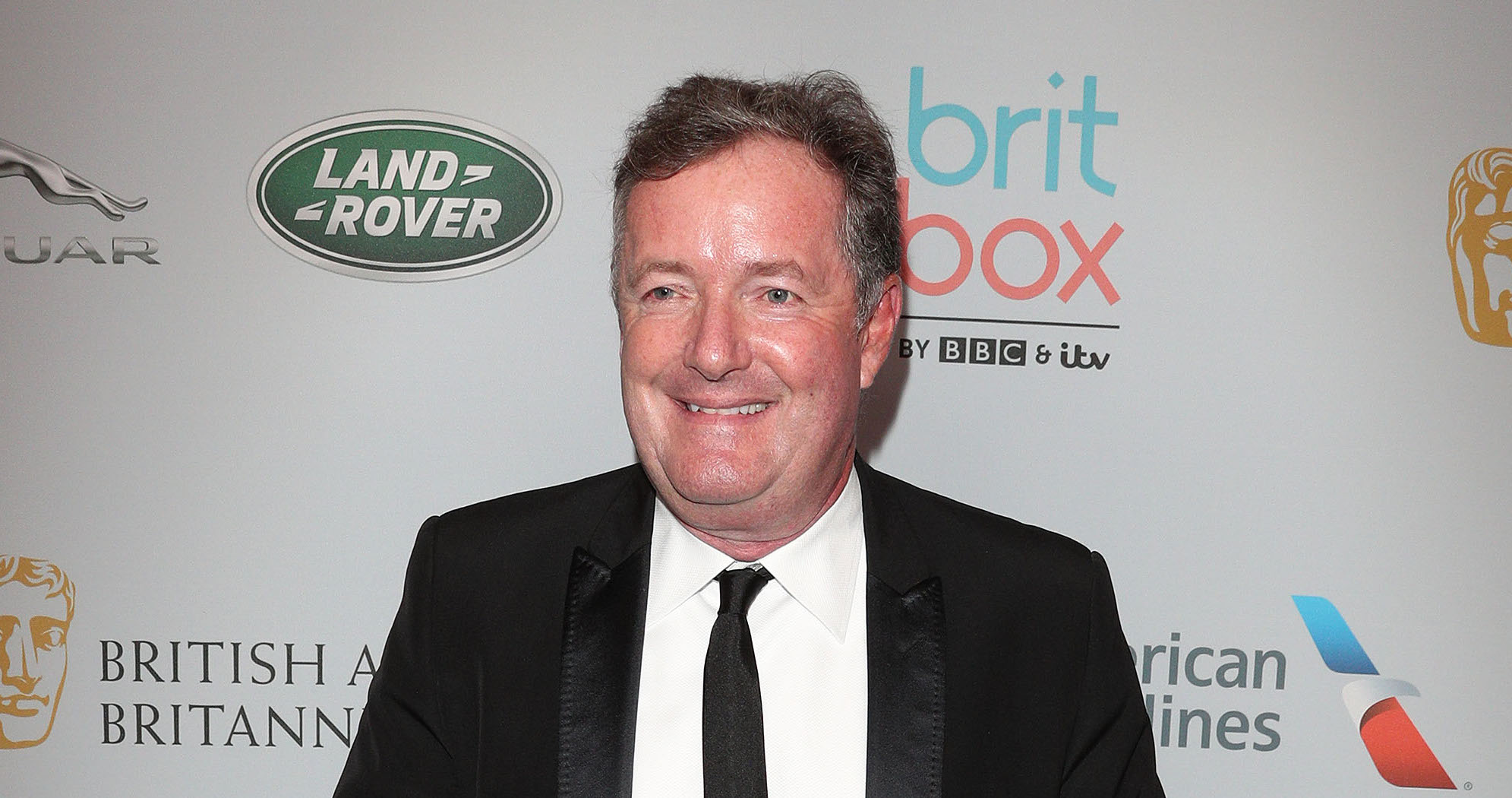 Piers Morgan praises the Queen in social media rant after Harry and Meghan announcement