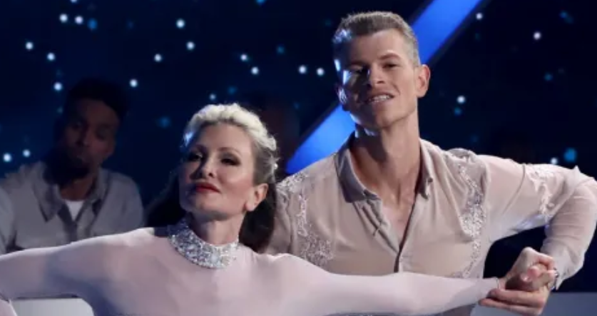 Dancing On Ice contestant 'parts ways' with their pro-dancer