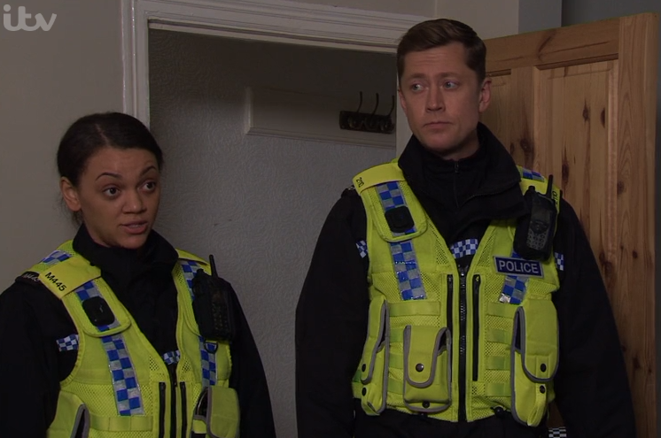 Coronation Street viewers slam Weatherfield Police as they fail to search Jade's loft