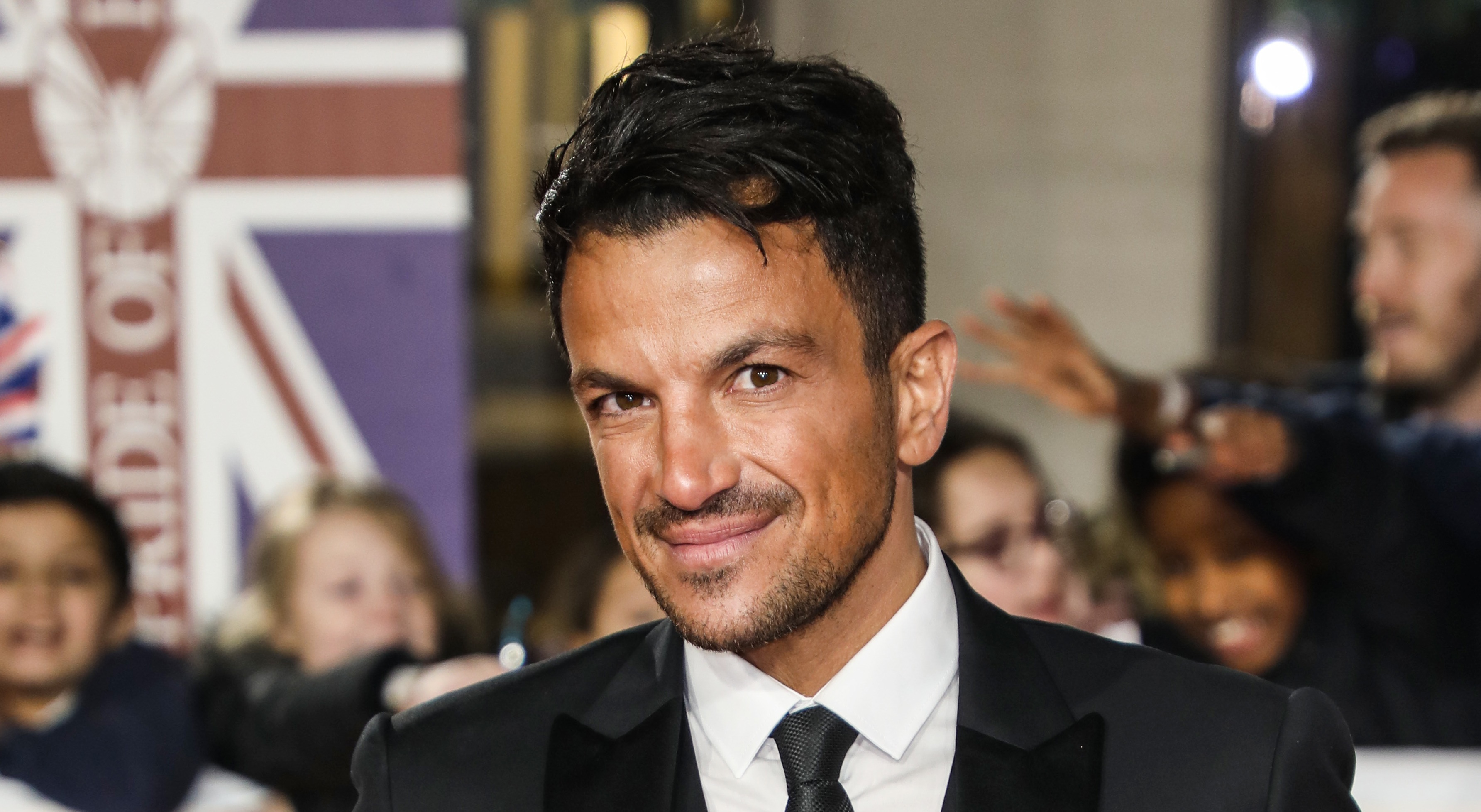 Peter Andre's fans in stitches as he reveals his ridiculous baking fail on Instagram