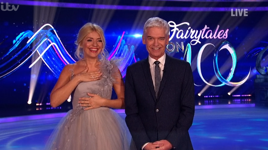 Holly Willoughby shrieks as dress is nearly torn off on Dancing On Ice