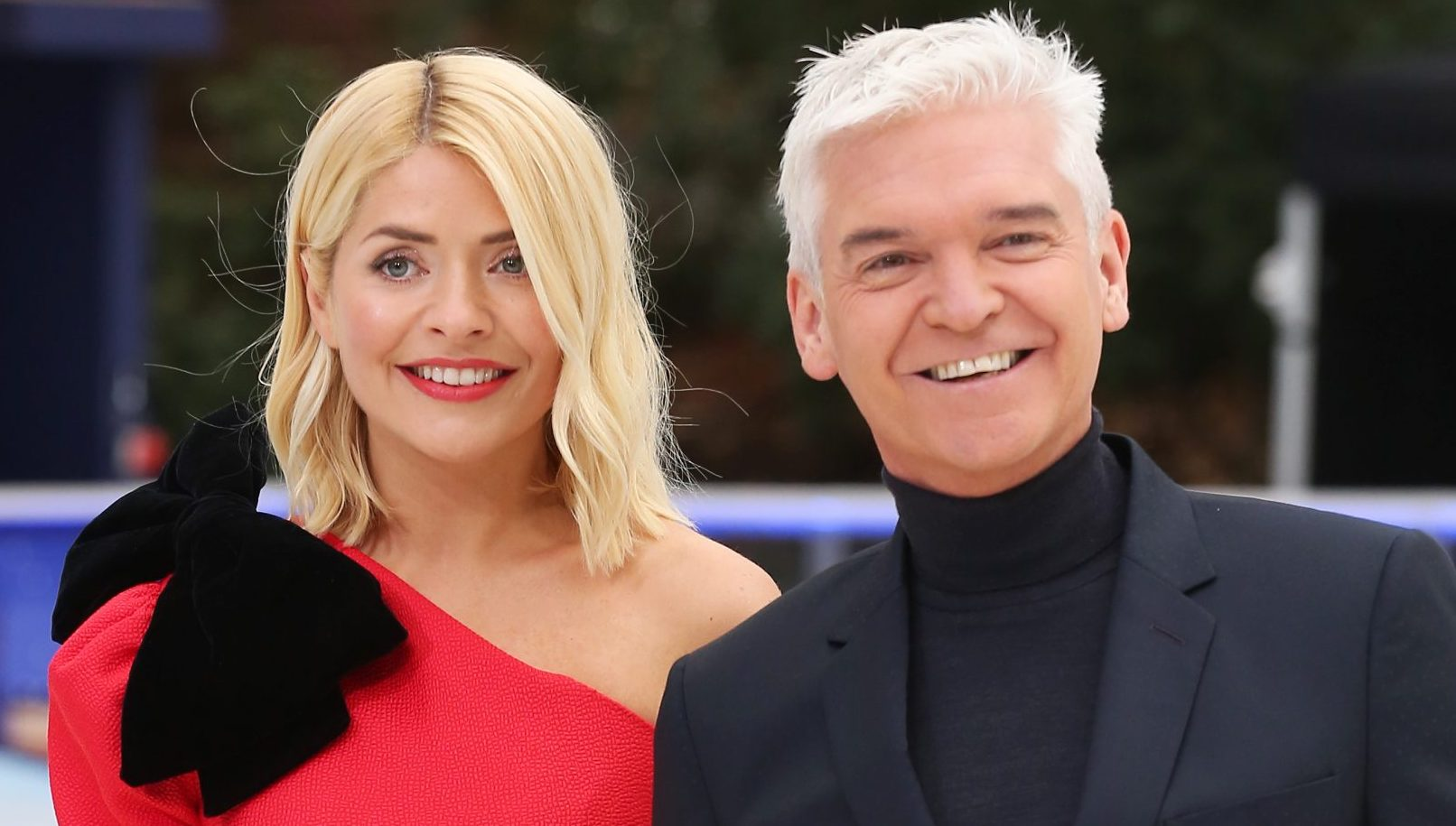 Holly Willoughby throws her support behind Phillip Schofield amid This Morning 'feud' rumours