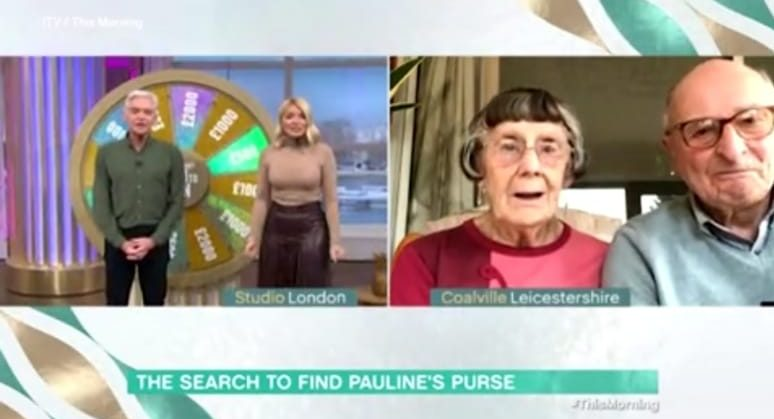 This Morning's Holly and Phil surprise pensioner couple with £100This Morning's Holly and Phil surprise pensioner couple with £1000 after losing purse0 after losing purse