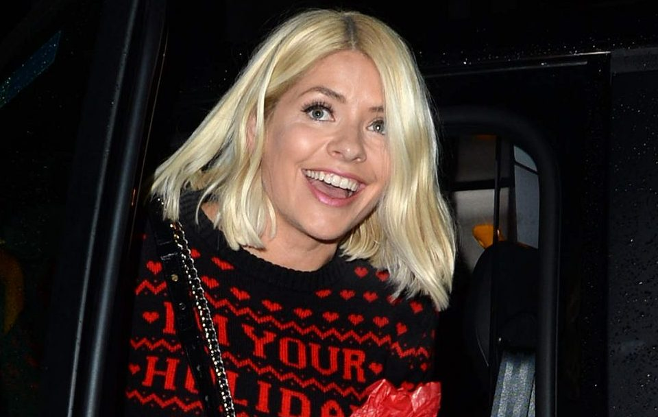 Holly Willoughby fans in hysterics at skiing holiday trick performed with her son Chester