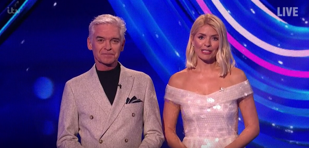 Dancing On Ice: Holly Willoughby stuns in 'Ice Queen' dress