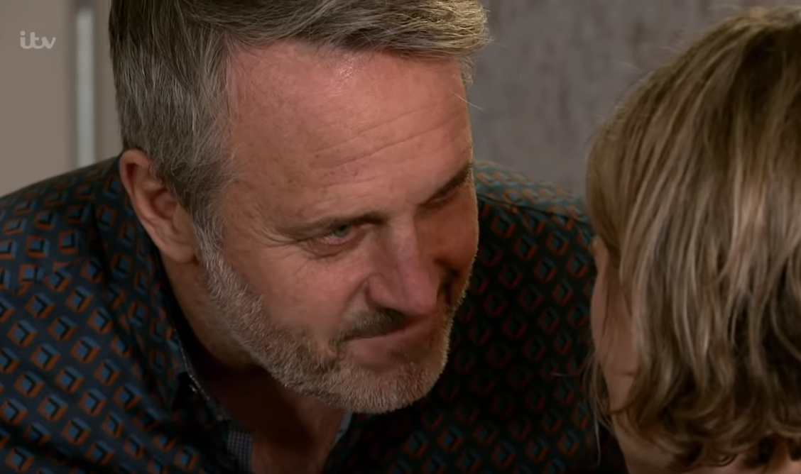 Coronation Street fans accuse soap of recycling Ray and Abi storyline