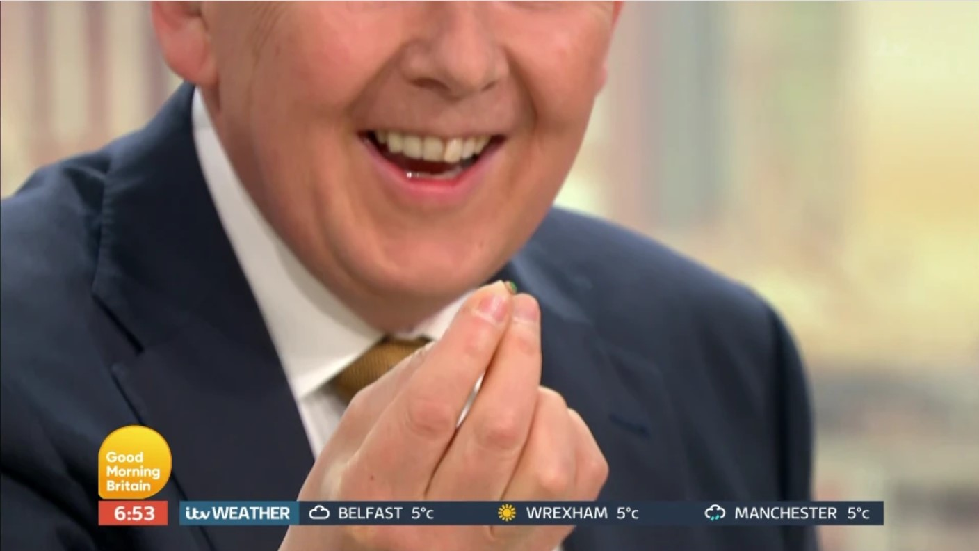Bill Turnbull finds his earpiece